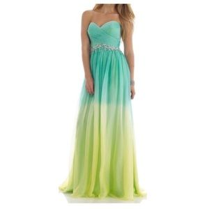 Morrell Maxie Green Ombre Formal Prom Dress size 6